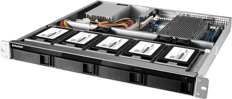 Сердцем сервера  выступает AMD Ryzen 3 1200